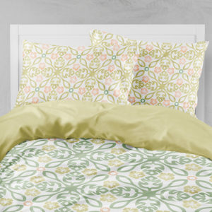 Hawaiian Quilt Pattern P214 in Yellow and Green on Bedding Sheets and Pillow Cases