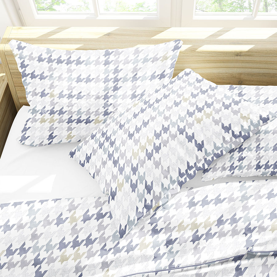 Plaid Houndstooth Pattern P456 in Blue on Bedding Sheets and Pillows